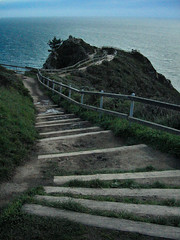 overlook (striatic) Tags: ocean stairs landscape photo day pacific outdoor marin unitedstatesofamerica steps 2006 pacificocean marincounty overlook muir muirbeach muirbeachoverlook mygoodimages