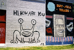 """Hi, How Are You"" (Viajante) Tags: art austin mural texas afternoon thedrag danieljohnston nikonn50 21ststreet traviscounty"