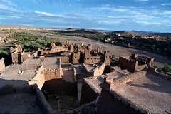 Ait Benhaddou (becklectic) Tags: 2003 africa fort northafrica negativespace morocco fortification fortress lightshadow aitbenhaddou dadesvalley views100 fortifiedtown 03225n19978609a worldtrekker