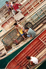 temper (Farl) Tags: wood travel people colors boat taxi muslim philippines sulu tradition watertaxi mindanao temper tawitawi samal tumindao sitangkai