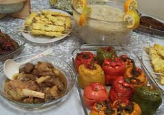 iranian food                                           سفره ايراني (Nahidyoussefi) Tags: 2005 food iran persia tehran سفره