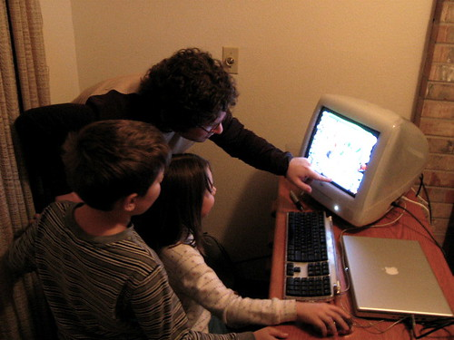Oops, Oh No! Henry shows the kids Kid Pix