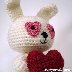 love bunny (Roxycraft) Tags: amigurumi softies plush mos crochet handmade