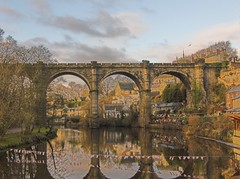 Knaresborough bridge (JuanJ) Tags: new uk travel bridge family wedding friends party vacation england favorite art beach me nature water tag3 taggedout photoshop painting top20favorites lumix photo duck interestingness amazing friend perfect europe flickr tag2 tag1 searchthebest cs2 unitedkingdom lovely1 quality yorkshire picture ducks panasonic explore photograph 500v50f fav knaresborough favs fz northyorkshire top20waterpix fz30 notpicked interestingness4 january2006 jan06 iwantse7en 1000v30f 81points onetopfave top20landmarks firstpix2006 newyearsday2006 january12006 newyears06 explore01jan06 mireasrealm i500 challengeyou challengeyouwinner