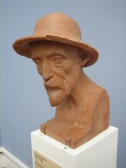 Neue Pinakothek Skulptur