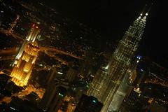 Petronas Towers at Night - from KL Tower (Carlos A Varela) Tags: city urban architecture night nikon carlos malaysia kuala lumpur varela flickrsbest charlienikon