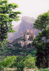 Yemen scene (Anduze traveller) Tags: travel mountains tag3 taggedout rural topv333 tag2 tag1 horizon middleeast fv5 villages yemen aroundtheworld visittheworld lookat globetrekkers interestingness71 ifwallscouldtalk i500