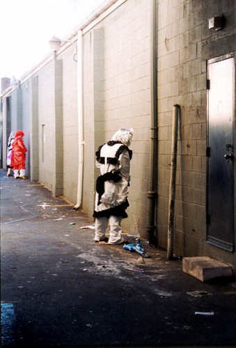 53 mummers urinating in alley.jpg