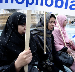 Protesters 6 (virgorama) Tags: london muslim islam trafalgarsquare demonstration freespeech