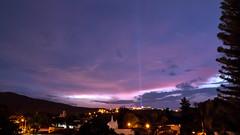 El Rayo Azul. (OL Fotografia) Tags: lighting sunset luz sol de mexico atardecer lights guadalajara jalisco panoramica rayo puesta bugambilias rayos pabnorama