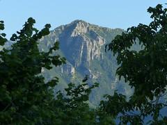 Il monte di Limano (Emanuele Lotti) Tags: italy mountain montagne trekking italia hiking tuscany monte toscana tosco montagna emiliano monti appennino escursionismo lucchio escursioni limano