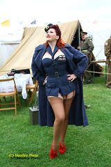 Pin Up (Noodles Photo) Tags: goodwood goodwoodrevival goodwoodcircuit raf royalairforce pinup girl uniform dadsarmy rothaarig redhair lady