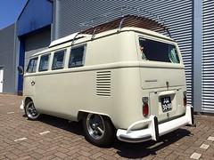 AM-30-00 Volkswagen Transporter SO-42 1967 (Wouter Duijndam) Tags: volkswagen louvre bumper ramen 1967 transporter raam so42 overriders dakrek am3000