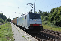 E-loc 186 104-6(Empel-Rees 22-7-2015) (Ronnie Venhorst) Tags: railroad sport train canon mnchen de deutschland eos rebel outdoor d eisenbahn rail railway zug bahnhof cargo container railwaystation 186 ag shuttle ms vehicle bern loc mm t3 80 bls bahn rees 91 104 trein spoor duitsland mbh 1100 spoorwegen fr bombardier lok treinen traxx spoorweg gesellschaft 2015 emmerich empel 6186 1435 gmbh f140 lokomotion rpool emmerik d186 goederentrein 1100d materieel containertrein br186 railpool empelrees eos1100d spoormaterieel eos1100 boboel nvrnumber schienentraktion
