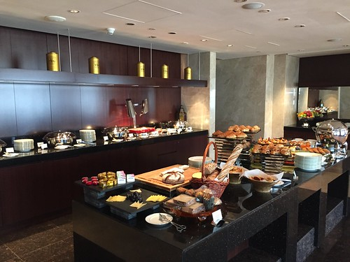 Breakfast @ Conrad Dubai