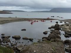 Red Kayaks in Sandageri (purkil) Tags: beach kayaks trshavn nlsoy sandageri