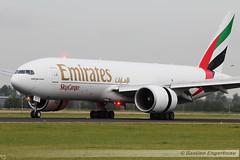 A6-EFI - Boeing 777-F1H - Emirates SkyCargo - CN 35609/1060 (Bastien Spotting Aviation) Tags: cn emirates boeing bastien skycargo 777f1h engerbeau a6efi 356091060