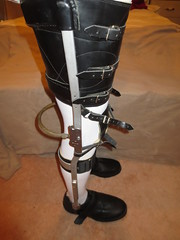 Another View of the VERY Secure Buckled Thigh Cuff (KAFOmaker) Tags: brace braces braced bracing afo kafo leather metal orthopedic caliper calipers orthese orthotic orthosis orthoses orthosen fetish bound bondage restraint restraints restrain restraining