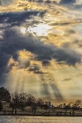Atmospheric Scene (Explore) (918monty) Tags: atmospheric sunset eveningskies weather dallas texas whiterocklakedallastexas lakes reservoirs parks sunrays photoofthedayaward flickrsexplore capturedallas