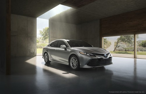 2018-toyota-camry-unveiled-in-detroit-looks-sporty_5