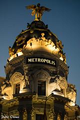 Edificio Metropolis. Madrid. Spain (Pedro Otones) Tags: madrid spain metropolis europe ciudad city night