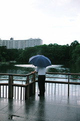 (willgoodan) Tags: park street leica portrait woman man reflection rain fashion japan night 35mm tokyo asia wide   kimono mp kichijoji aoyama summilux rainfall e46   tsuyu type240