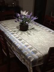 Toalha de mesa ervas (ceciliamezzomo) Tags: blue verde green kitchen colors azul de table handmade pastel rosemary salvia basil toalha alecrim cloth patchwork salsa mesa cozinha manjericao tomilho