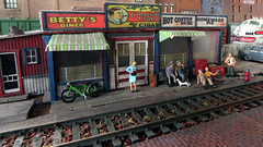 Sweaty Betty's Diner (eks4003) Tags: auto car lift tracks fork trains kit ho 187 desoto 1953 scalemodel modeltrains forkliftoperator barmillsmodels sweatybettysdiner