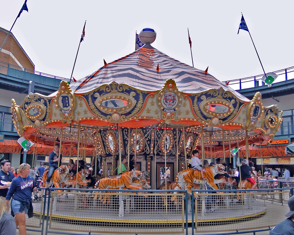 The World's Best Photos of carousel and detroit - Flickr
