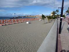 161127_0032 (larseriksfoto) Tags: beach tenerife teneriffa bad sea bath solstolar sunbeds dmctz70 dmczs50