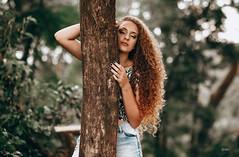 Júlia (Lucasmirandafotografia) Tags: bokeh bolinhas desfoque green natureza nature