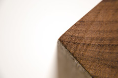 Wood (SaYuMi-87) Tags: macromondays corner angolo wood legno ebano ebony macro macrophotography geometric geometrie