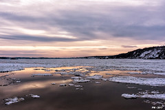 le Saint Laurent en hiver (P. Marioné) Tags: nature fleuve river stlaurent laurent quebec canada ice glace soleil pm marione nikon d810 raw water oceans lakes rivers creeks chute fall crique rivière mer océan beach plage strand playa sand sable zand arena sea zee meer mar ocean oceaan ozean océano photography photographie fotografie photos photographies fotos photo foto picture image beeld bild seascape