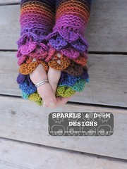 crocodileMitts 02c (zreekee) Tags: crochet sparkledoomdesigns saskatchewan rainbow mitts bonitadesigns