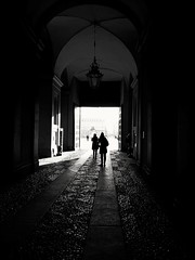 Light #black and white #silhouette #people #light #dark #monochrome #Royal Palace #Turin (giuseppe_calvetti) Tags: light monochrome silhouette turin dark black royal people