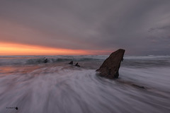 The shark (Caramad) Tags: mar color sunset marcantábrico bizkaia rocas agua longexposure landscape sol luz rocks wave sea seascape puestadesol barrika olas playa