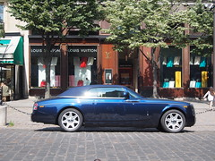 A Rolls outside The Louis Vuitton Flagship store.