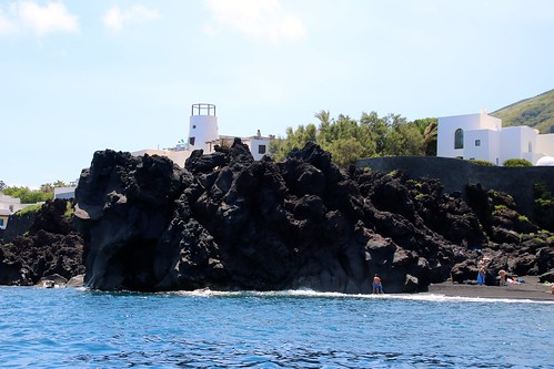 Île de Stromboli / Côte nord - village de Piscita