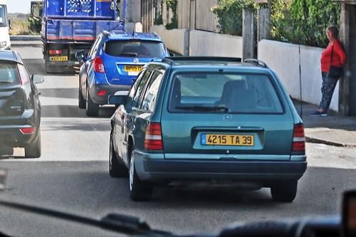 Mercedes-Benz 300TD Estate S124 - 4215 TA 39 - Jura, France