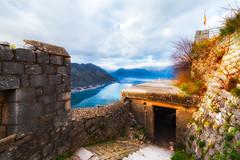 Kotor Ruins (NicoTrinkhaus) Tags: kotor montenegro crnagora crnegore hills mountains bay sea view ruins walls fortress castle rocks
