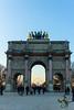 Grande roue sous l'arche (Thierry Poupon) Tags: arcdetriompheducarousel tuileries ciel granderouedeparis roue soir paris iledefrance france fr