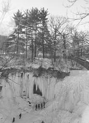 Minnehaha Falls (frozen) (John's Vintage Cameras) Tags: welta rodenstock 6x9 prewar foldingcamera madeingermany vintage film analog ilford fp4 tripletlens minnesota minnehaha 120 mediumformat