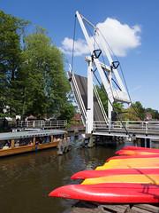 Appingedam (Jeroen Hillenga) Tags: bridge netherlands cityscape brug groningen kano stad appingedam rondvaartboot kanos nieuwedieptil