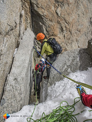 2nd Rappel with the squeeze (HendrikMorkel) Tags: mountains alps mountaineering chamonix alpineclimbing artedescosmiques arcteryxalpineacademy2015