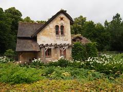 The gardens around Marie Antoinette's house!