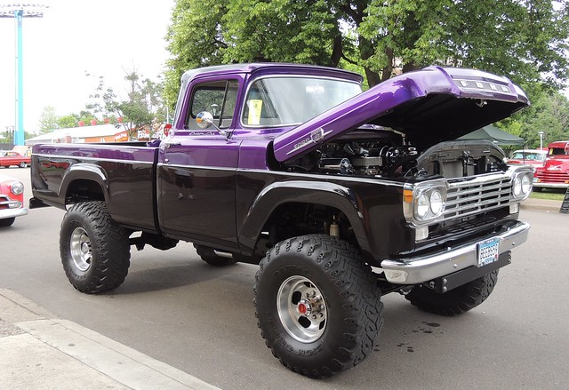 black classic ford minnesota truck nikon midwest day purple 4x4 stpaul pickup chrome restored carshow 1959 f350 lifted customcab backtothe50s minnesotastatefairgrounds p510