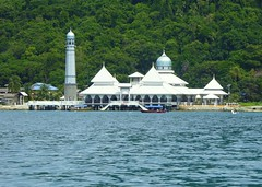 Happy Friday ! / Masjid Besar Pulau Perhentian (Grand Mosque of Perhentian Island) (Frans.Sellies) Tags: p1140443 mosque pulauperhentian malaysia  moschee    masjid cami mezquita
