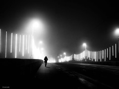 Bridge over troubled water - Happy New Year (René Mollet) Tags: bridge fog foggy mist misty night nightshot dark blackandwhite bw basel rhein monchrom morning monochromphotographie street streetphotography shadow silhouette xmaslights