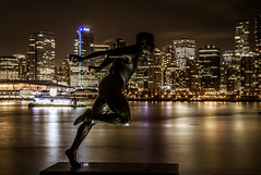 Harry Jerome Statue, Vancouver, BC (rabbit.Hole) Tags: vancouver harryjerome stanleypark coalharbour nightphotography gamewinner