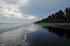 Palo Seco beach 5 - Costa Rica (ganagafoto) Tags: ocean sunset sea sky america palms landscapes travels costarica tramonto mare pacific cielo viaggi paesaggi palme pacifico centralamerica oceano centroamerica ganagafoto playapaloseco
